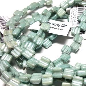 CW Seafoam apx 30 beads