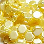 PASTEL Cream - 30 beads