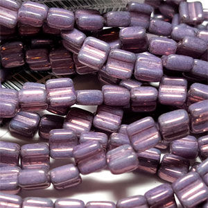 Lila Vega Luster apx 30 beads