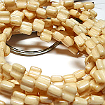 CW Champagne Luster apx 30 beads