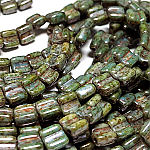CW Blue Green Luster apx 30 beads